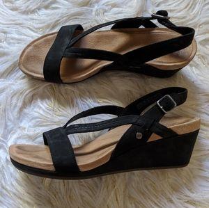 UGG sandals, EUC!
